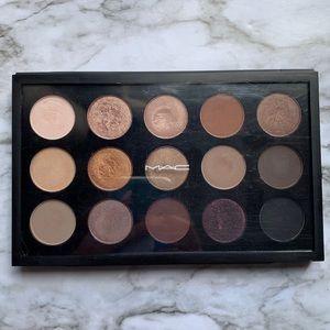 MAC x 15 eyeshadow palette